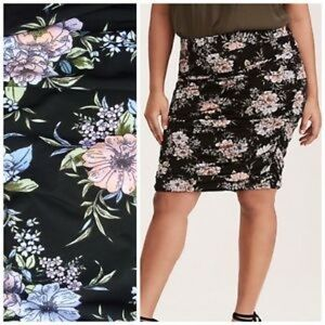 FLORAL PRINT SHIRRED JERSEY KNIT SKIRT - Size 0